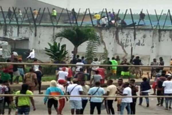 Jail Break in Benin